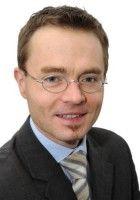 ist Leiter der Abteilung für Haushalts- und Finanzpolitik beim Bund der Steuerzahler.