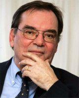ist Mitbegründer der Arbeitsgruppe Alternative Wirtschaftspolitik.
