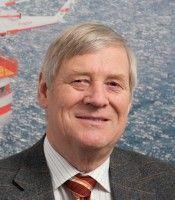 Er ist der Leiter des Fraunhoferinstituts für Windenergie und Energiesystemtechnik in Kassel.
