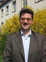 Professor für Judaistik in Mainz.