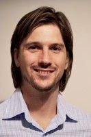 ist einer der Gründer des Internet-Startups »friendsurance«.