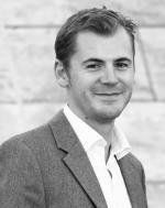 ist Chefredakteur des Deutschen Levante Verlags und Mitherausgeber der Zeitschrift zenith.