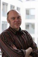 ist seit 1999 Hauptgeschäftsführer des Deutschen Paritätischen Wohlfahrtsverbandes.