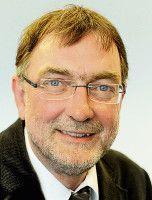 ist Landtagskorrespondent in Schleswig-Holstein, unter anderem für das  Flensburger Tageblatt .