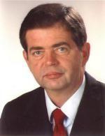 ist Leiter des Zentrums für Wirtschaftspolitik am Institut für Weltwirtschaft der Universität Kiel.