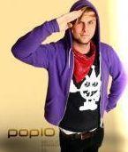 Musikvideoexperte und Pop-10-Moderator.