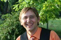 ist Redakteur des Erdinger Anzeiger, einer Heimatausgabe des Münchner Merkur.