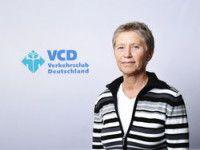 ist Referentin für Bahn- und Güterverkehr beim VCD Deutschland.