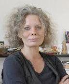 Arbeitet als freie Journalistin und Autorin. Sie recherchiert regelmäßig zum Thema Doping.