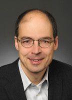 ist Politikwissenschaftler an der Ludwig-Maximilian-Universität in München.