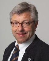Professor am Institut für Pflanzenbau und Pflanzenzüchtung der Uni Kiel.