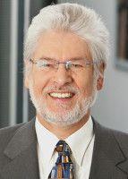 Der Wirtschaftswissenschaftler leitet das Kölner Institut für Rundfunkökonomie.