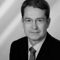 Professor für Volkswirtschaftslehre an der Universität Bayreuth