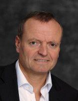 Hirnforscher, Leiter der Psychiatrischen Uniklinik in Ulm und Kritiker digitaler Medien in der Schule.