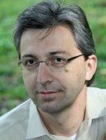 ist Journalist und Gründer von charitywatch.de.