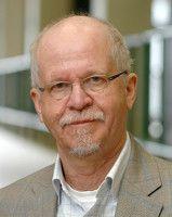 Der Bildungsforscher hat an der Uni Duisburg-Essen gelehrt.
