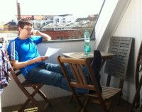 sitzt im Sommer lieber im Stadion als auf dem Balkon.