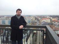 ist Journalist und bloggt auf rooksack.de.