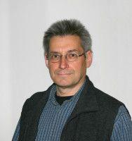 ist Biologe-Professor an der Universität Regensburg.