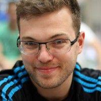 spielt für den KGB Hannover und die deutsche Nationalmannschaft.