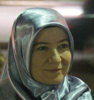 leitet die Begegnungsstätte in der Merkez-Moschee.