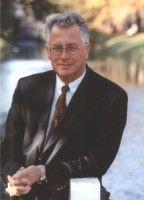 ist Präsident des Hessischen Forschungsverbundes Abfall, Umwelt und Ressourcenschutz e.V.