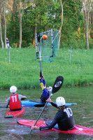 Die Leipziger Kanupolo-Spieler beim Training. Foto: Alexander Hertel