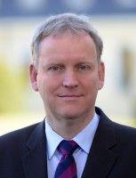 Prof. Dr. Hans-Peter Burghof / Lehrstuhl für Bankwirtschaft und Finanzdienstleistungen