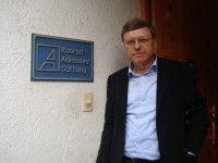 FP vor KAS Büro 2 2010