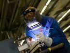 Die vielen kleinen und mittleren Unternehmen sind für die ostdeutsche Wirtschaft besonders wichtig. Experten sehen in dieser Kleinteiligkeit jedoch ein Hindernis für Wirtschaftskraft und Produktivität. Foto: Zukunft Industrie: SFL, Anlagenbau_8 CC BY-ND 2.0 | Zukunft Industrie / flickr.com