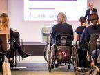 (K)ein Weg in den Arbeitsmarkt? Kleine und mittlere Unternehmen könnten mehr für die Inklusion von schwerbehinderten Menschen leisten. Foto: Inklusionskongress 2014 | CC BY 2.0 | Andi Weiland (Sozialhelden e.V.) / flickr.com