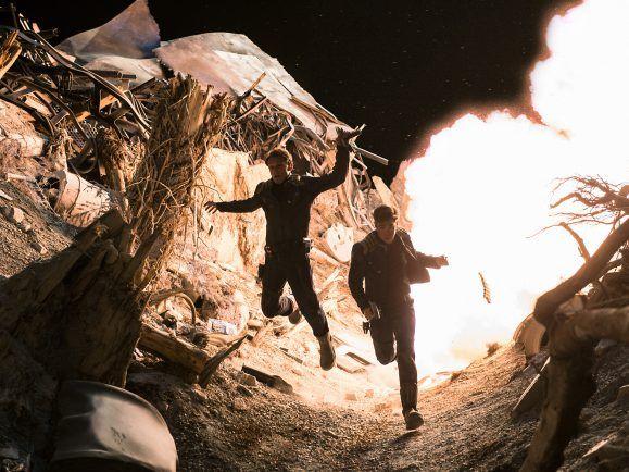 Chekov (Anton Yelchin) und Chris Pine als Kirk in Star Trek Beyond.