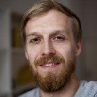 Das Bild zeigt den Journalisten Moritz Tschermak.