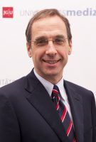 Prof. Norbert Pfeiffer Medizinischer Vorstand
