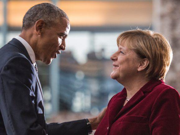 Ihn soll sie auch bezirst haben. Pflegen Angela Merkel und Barack Obama ihre internationalen Beziehungen zu gut? Foto: Afp | John Macdougall