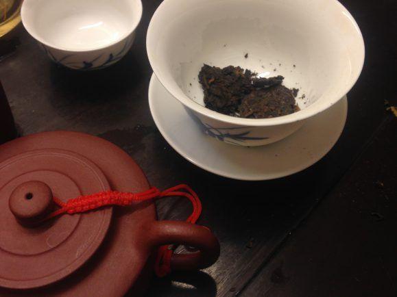 Etwa 120 Milliliter fasst ein traditionell chinesisches Tee-Kännchen.