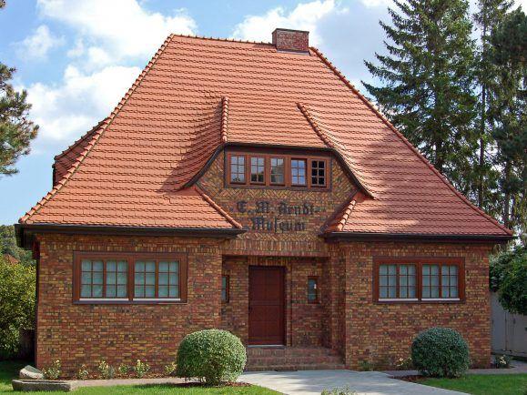 Ernst Moritz Arndt. Nicht nur ein Museum auf Rügen st nach ihm benannt, auch die Uni in Greifswald. Museum