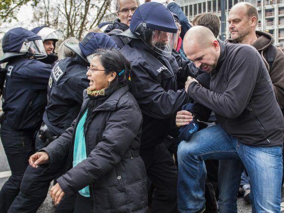 Gewalt gegen Polizei-Beamte