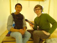 Van Bo Le-Mentzel mit detektor.fm-Reporter Christian Bollert.