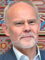 Dr. Helmut Reifeld