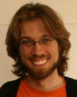 arbeitet und forscht am Lehrstuhl für Informatik der Universität Erlangen-Nürnberg