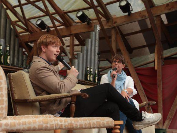 dePresno auf der MS Dockville Interview-Bühne. Foto: detektor.fm/Marcello