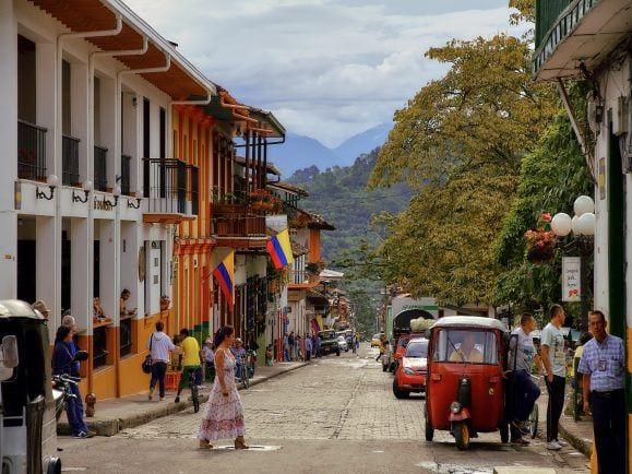 Kolumbien, FARC