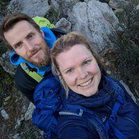 Julia und Timo beim Klettern