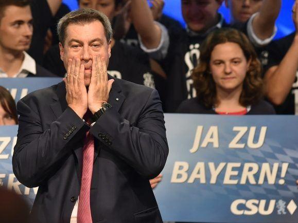 Söder bangt um die absolute Mehrheit für die CSU bei der Bayernwahl.