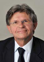 Prof. Dr. Michael Fritsch, Lehrstuhl für Unternehmensentwicklung, Innovation und wirtschaftlichen Wandel an der Wirtschaftswissenschaftlichen Fakultät der Universität Jena (Foto vom 26.09.2013). Foto: Jan-Peter Kasper/FSU