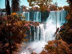 Spektrum-Podcast: Turbulenzen am Fuß eines Wasserfalls.