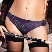 黛安芬-無鋼圈魔術秋日刺繡蕾絲版低腰內褲M-EL(深灰)
