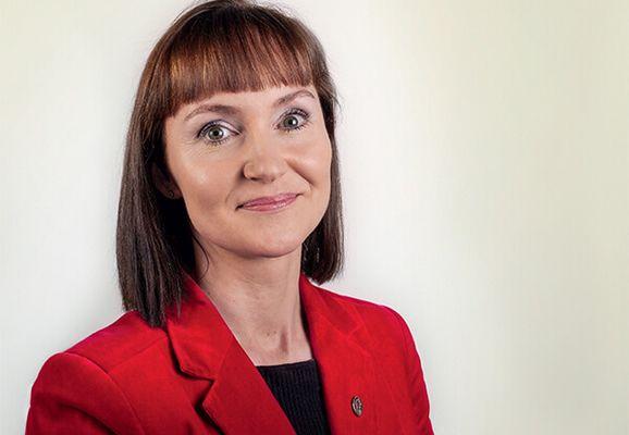Kristina Háfoss svarar Bill Justinussen um samanberingargrundarlag