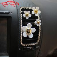 LADYCRYSTAL LADYCRASTAL Car Air Freshener Car Styling Diamante Daisy Outlet